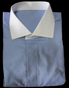 chemise bleue clair
